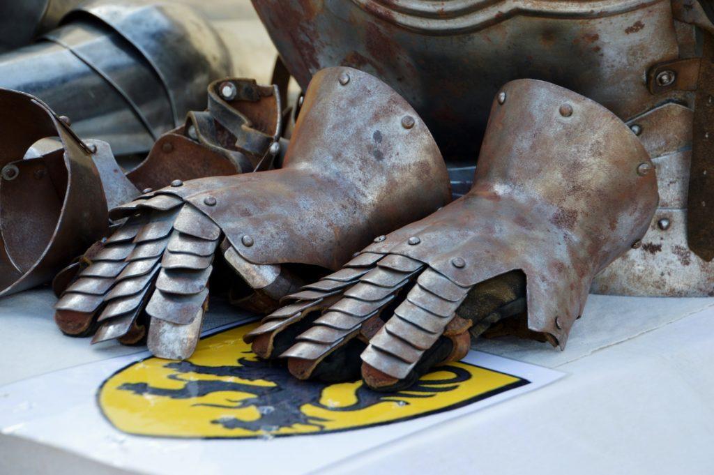 Medieval jousting gloves