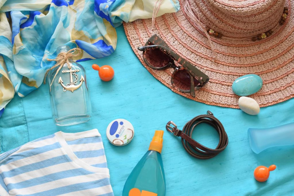 Beach blanket picnic items