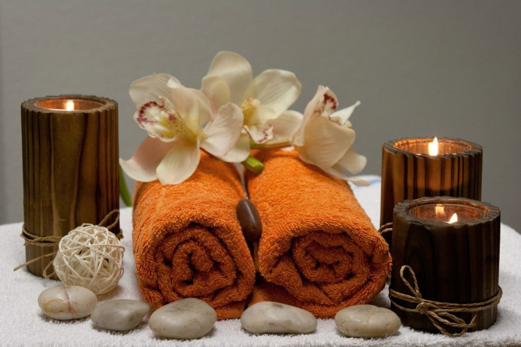 Spa towels and oils